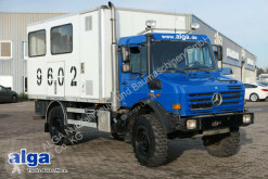 ciężarówka furgon Unimog