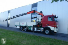 ciężarówka platforma burtowa Volvo