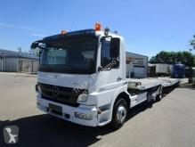 vrachtwagen dieplader Mercedes