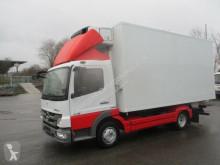 camion frigorific(a) Mercedes