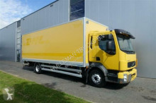 camion fourgon Volvo