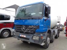 Mercedes Actros 3241