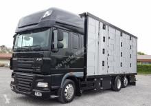 DAF FARXF105.510T m. Menke 4 Stock Tier / Vieh Transporter truck