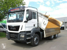 MAN TG-S 26.440 6x4 BB 3-Achs Kipper Bordmatik truck