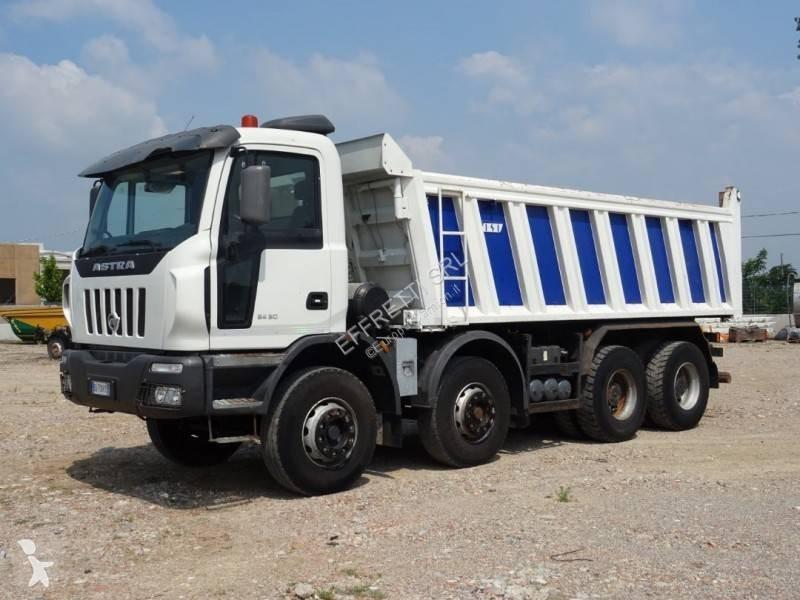 Used Astra trucks ITALY