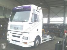 vrachtwagen MAN TGA 26.410 XXL