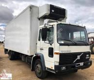 vrachtwagen Volvo FL615