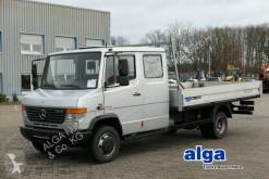 camion Mercedes 816 D/Pritsche 4,1 m. lang/Kugelkopf/Euro 5!