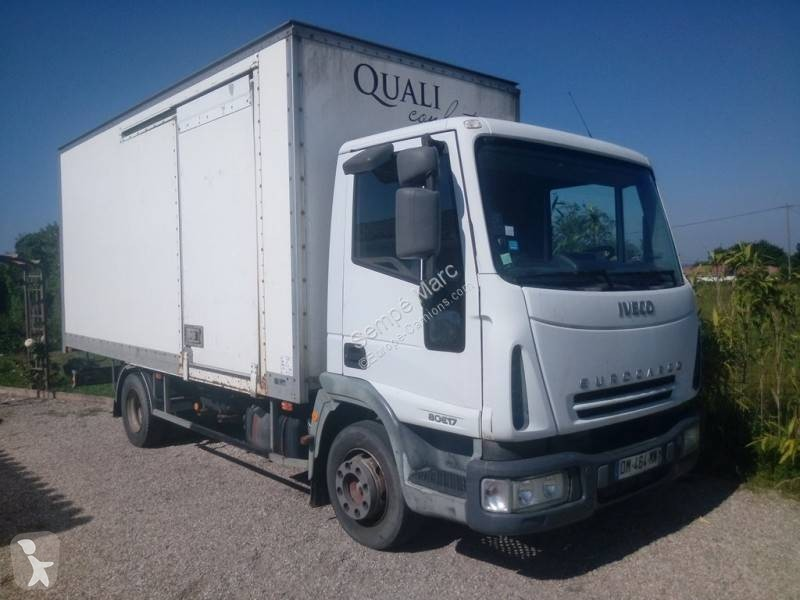 Camions Fourgons Iveco 4x2 Grues Occasion