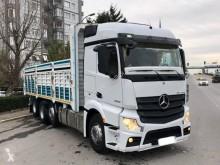 Mercedes Actros 3232