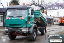 camião Iveco EuroCargo 100E18 4x4 z HIAB 077 TIPPER cran