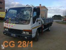 camião Isuzu Motors Limited NPR 65L
