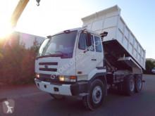 Nissan CWB 450 HDLA truck