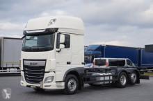 ciężarówka do transportu kontenerów używany