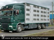 camião transporte de cavalos usado