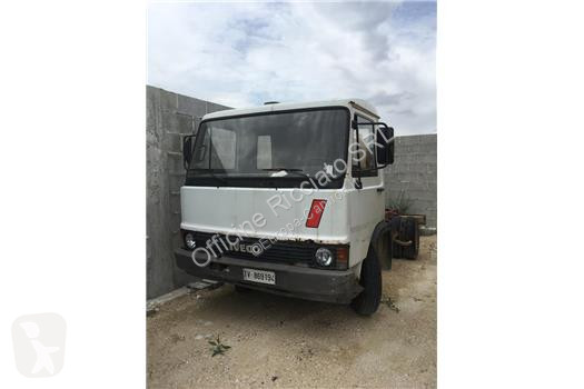 Vedere le foto Camion Iveco 79-10