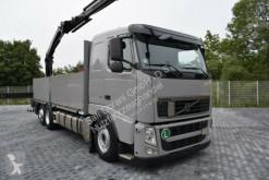 camion Volvo 420 Pritsche mit PK18002/5xhydr. 5+6 Bed/Greifer