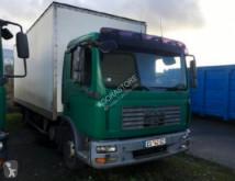camião MAN 12.244