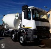kamion Mercedes -BENZ - CAMION HORMIGONERA BENZ 4142 8X4 2017 11M3