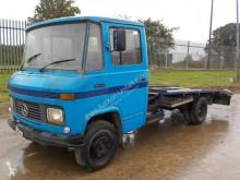 camion nc MERCEDES-BENZ - 508D
