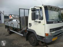 camion platformă DAF