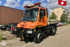 camion Unimog U400