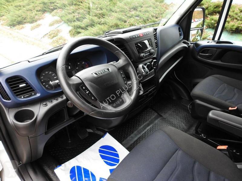 Voir les photos Camion Iveco DAILY35S18 PLANDEKA FIRANA 10 PALET KLIMA WEBASTO TEMPOMAT EURO