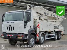 camion béton malaxeur + pompe Iveco