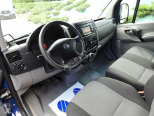 ciężarówka Volkswagen CRAFTERKONTENER WINDA 0*C, FUNKCJA GRZANIA 8 PALET KLIMA TEMPOM