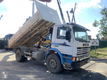 kamion trojitá korba Scania