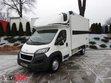 camião Peugeot BOXERKONTENER IZOTERMA KLIMATYZACJA LEDY KABINA SYPIALNA 180KM