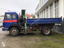 camion benă trilaterala Iveco
