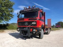 camion porte engins Mercedes