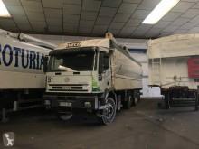 Iveco powder tanker truck