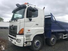 camión Hino 3241