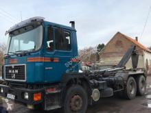 MAN 33332 truck