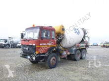 camion Iveco 330-30
