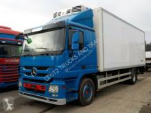 грузовик холодильник Mercedes