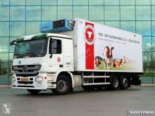 camion Lamberet MERCEDES-BENZ - 2541 L 6X2 EURO 5 BOX FRIGO BLOK MEAT RAILS