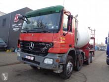 Mercedes Actros 3236