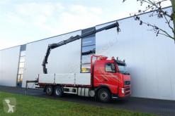 camion cassone Volvo