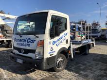 kamion Nissan DT21