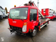 camion nacelle télescopique Nissan