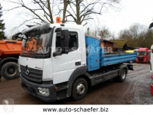 camión Mercedes 823 K/ KIPPER
