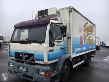 camion MAN 14-224 FRIGO *NON ROULANT*CAISSE FRIGO HORS SERVICE*