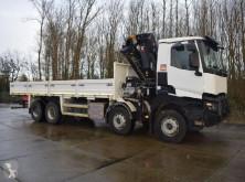 vrachtwagen Renault K460 TRUCK MOUNTED CRANE AND FLATBED WITH TWISTLOCKS