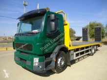 camion porte engins Volvo