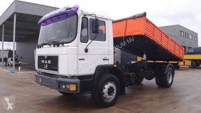 camion MAN 17.192 (FULL STEEL SUSPENSION / 6 CYLINDER ENGINE WITH MANUAL PUMP)