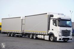 kamion posuvné závěsy Mercedes