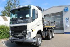 camion benă trilaterala Volvo